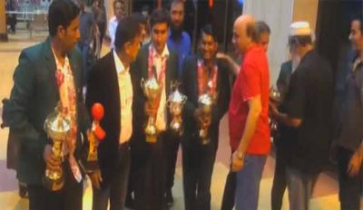 The winners of the World team Snooker champion reached from Egypt to Karachi