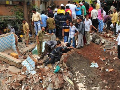17 people killed from being demolished of illegal residential building in Mumbai