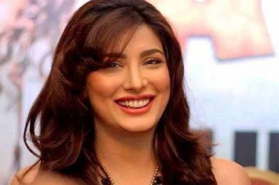 Due to movies will not be far from TV: Mehwish Hayat