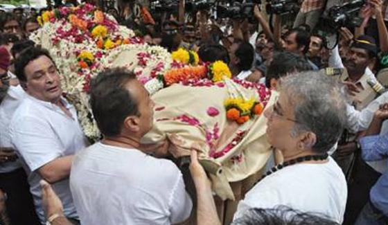 Shashi Kapoor grieve, Rishi Kapoor canceled the shot