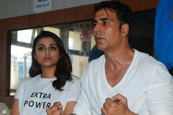 Parineeti Chopra with Akshay Kumar will be twisting