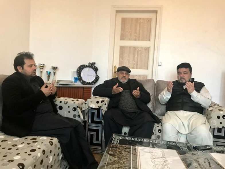 mirza khalid bashir's uncle, died, haji hussain muzamil, sibt muzzamil and, qari farooq ahmed farooqi, visited, his, house, to, express, their, condolence